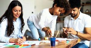 Σχέδιο μητέρων και πατέρων μαζί με το παιδί τους Στοκ εικόνα με δικαίωμα ελεύθερης χρήσης
