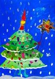 Σχέδιο παιδιών ` s Πράσινο διακοσμημένο χριστουγεννιάτικο δέντρο ελεύθερη απεικόνιση δικαιώματος