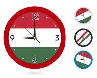 Σχέδιο ρολογιών τοίχων με τη εθνική σημαία της Ουγγαρίας Διαφορετικό σχέδιο τέσσερα απεικόνιση αποθεμάτων