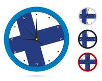 Σχέδιο ρολογιών τοίχων με τη εθνική σημαία της Φινλανδίας Διαφορετικό σχέδιο τέσσερα απεικόνιση αποθεμάτων