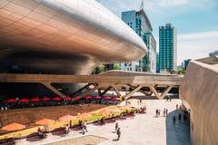 Σχέδιο Plaza, σύγχρονη αρχιτεκτονική DDP Dongdaemun στη Σεούλ, Κορέα Στοκ εικόνες με δικαίωμα ελεύθερης χρήσης
