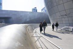 Σχέδιο Plaza DDP Dongdaemun στη Σεούλ, Νότια Κορέα Στοκ εικόνες με δικαίωμα ελεύθερης χρήσης