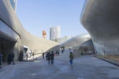 Σχέδιο Plaza DDP Dongdaemun στη Σεούλ, Νότια Κορέα Στοκ Φωτογραφία