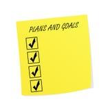 Σχέδια και στόχοι Post-it στη σημείωση Στοκ φωτογραφία με δικαίωμα ελεύθερης χρήσης