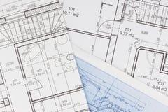 Σχέδια της οικοδόμησης Αρχιτεκτονικό πρόγραμμα Το σχέδιο ορόφων σχεδίασε να στηριχτεί στο σχέδιο Στοκ Φωτογραφίες