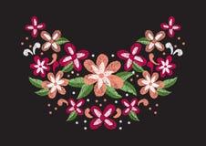 Σχέδιο έργου τέχνης κεντητικής λουλουδιών για τον ιματισμό neckline, διάνυσμα Στοκ Εικόνες