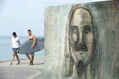 Σχέδιο γκράφιτι του Ρίο Cristo Redentor Ipanema Surfers Στοκ εικόνα με δικαίωμα ελεύθερης χρήσης