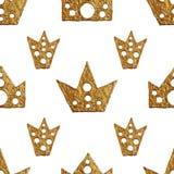 Σχέδιο κορωνών Το χέρι χρωμάτισε το άνευ ραφής υπόβαθρο Εκλεκτής ποιότητας χρυσή απεικόνιση Στοκ φωτογραφία με δικαίωμα ελεύθερης χρήσης