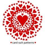 Σχέδιο κοστουμιών καρτών καρδιών διανυσματική απεικόνιση