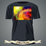 Σχέδιο μπλουζών με τη ζωηρόχρωμη τετραγωνική μορφή με το αφηρημένο μωσαϊκό α Στοκ εικόνα με δικαίωμα ελεύθερης χρήσης
