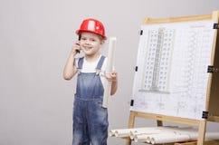 Σχέδιο παιδιών στον πίνακα, που μιλά στο τηλέφωνο Στοκ Εικόνα