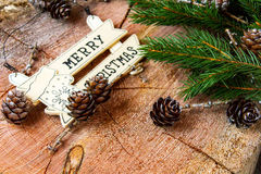 Σχέδιο συνόρων Χριστουγέννων με τα χιονισμένα pinecones Στοκ φωτογραφίες με δικαίωμα ελεύθερης χρήσης