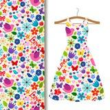 Σχέδιο υφάσματος φορεμάτων με το σχέδιο άνοιξη Στοκ Εικόνα