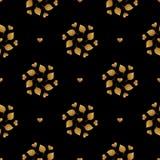 Σχέδιο φύλλων Το χρυσό χέρι χρωμάτισε το άνευ ραφής υπόβαθρο Αφηρημένη χρυσή απεικόνιση φύλλων Στοκ εικόνες με δικαίωμα ελεύθερης χρήσης