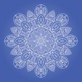 Σχέδιο Doodle Ζωηρόχρωμη στρογγυλή διακόσμηση Snowflake Στοκ εικόνα με δικαίωμα ελεύθερης χρήσης