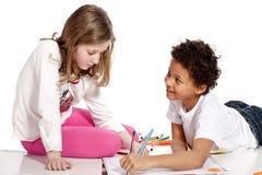 σχεδιασμός παιδιών διαφυλετικός από κοινού Στοκ Φωτογραφίες