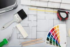Σχεδιάγραμμα με τα εργαλεία και εξοπλισμός στο γραφείο Στοκ εικόνα με δικαίωμα ελεύθερης χρήσης