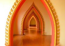 Σχεδιασμένη πόρτα στο ναό Στοκ Εικόνες