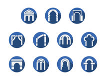 Σχηματισμένες αψίδα πύλες γύρω από τα μπλε εικονίδια καθορισμένα Στοκ φωτογραφίες με δικαίωμα ελεύθερης χρήσης
