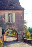 Σχηματισμένο αψίδα σπίτι Aquitaine στοκ φωτογραφία με δικαίωμα ελεύθερης χρήσης