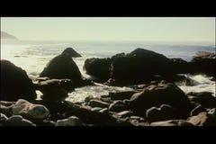 Σχηματισμοί βράχου παραλιών βράσης απόθεμα βίντεο