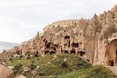 Σχηματισμοί βράχου στην κοιλάδα Zelve, Cappadocia Στοκ εικόνες με δικαίωμα ελεύθερης χρήσης