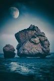 Σχηματισμοί βράχου στην παραλία, Petra Tou Romiou, Aphrodite ` s Birt Στοκ Εικόνες