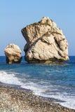 Σχηματισμοί βράχου στην παραλία, Petra Tou Romiou, Aphrodites Birt Στοκ φωτογραφία με δικαίωμα ελεύθερης χρήσης