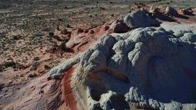 Σχηματισμοί βράχου της Αριζόνα στη μέση εκείνης της ερήμου απόθεμα βίντεο