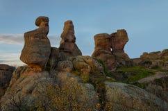 Σχηματισμοί βράχου ψαμμίτη στο ηλιοβασίλεμα Στοκ Εικόνες