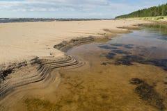 Σχηματισμοί της άμμου στην παραλία Στοκ Εικόνα