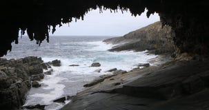 Σχηματισμός αψίδων ναυάρχου στο νησί καγκουρό, Αυστραλία 4K φιλμ μικρού μήκους