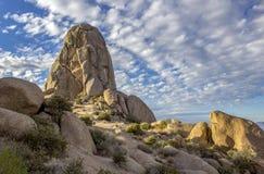 Σχηματισμός βράχου αντίχειρων Toms στο Βορρά Scottsdale Αριζόνα στοκ φωτογραφία