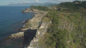 Σχηματισμός βράχου Kapurpurawan σε Ilocos Norte Φιλιππίνες φιλμ μικρού μήκους