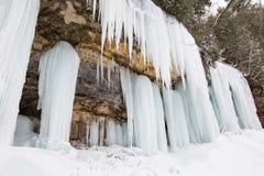 Σχηματισμός πάγου, Munising, Μίτσιγκαν, απεικονισμένο εθνικό lakeshore βράχων στοκ φωτογραφία με δικαίωμα ελεύθερης χρήσης