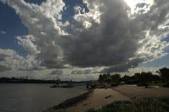 Σχηματισμός σύννεφων βόρειων ακτών του Χάμιλτον Στοκ Εικόνα