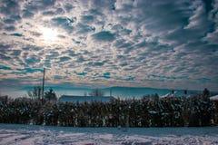 Σχισμένα σύννεφα Στοκ εικόνα με δικαίωμα ελεύθερης χρήσης