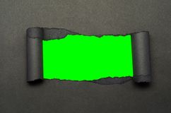 Σχισμένο έγγραφο και πράσινη οθόνη Στοκ Φωτογραφίες