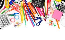 Σχολικά εξαρτήματα στην άσπρη ανασκόπηση. Στοκ Φωτογραφία