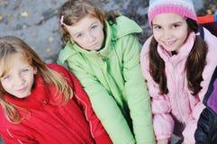Σχολικά κορίτσια που τρέχουν μακριά Στοκ Εικόνα