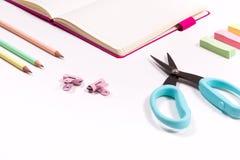 Σχολικές προμήθειες παιδιών στοκ φωτογραφία με δικαίωμα ελεύθερης χρήσης