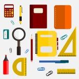 Σχολικοί εξοπλισμοί Στοκ εικόνες με δικαίωμα ελεύθερης χρήσης