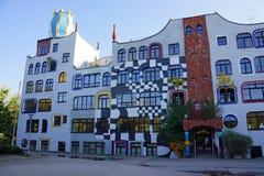 Σχολείο σχεδίου στη Γερμανία από Hundertwasser Στοκ εικόνα με δικαίωμα ελεύθερης χρήσης