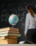 Σχολική ακόμα ζωή με τα βιβλία και τον πίνακα Στοκ Φωτογραφία