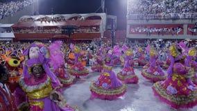 Σχολική σκηνή Samba στην παρέλαση σταδίων Sambodromo καρναβάλι Στοκ Φωτογραφίες