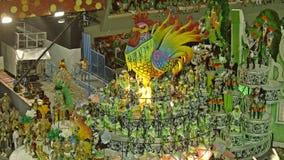 Σχολική σκηνή Samba στην παρέλαση σταδίων Sambodromo καρναβάλι Στοκ Εικόνες