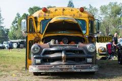 Σχολικό λεωφορείο Chevrolet στην επίδειξη Στοκ φωτογραφία με δικαίωμα ελεύθερης χρήσης