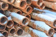 Σωλήνες για τη διάτρυση των φρεατίων πετρελαίου και φυσικού αερίου Στοκ εικόνες με δικαίωμα ελεύθερης χρήσης