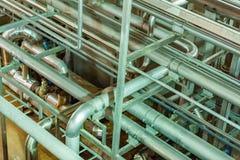 Σωλήνες στο βιομηχανικό εργαστήριο Στοκ Εικόνα