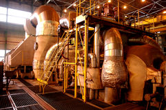Σωλήνες, σωλήνες, μηχανήματα και σε εγκαταστάσεις παραγωγής ενέργειας Στοκ Φωτογραφίες
